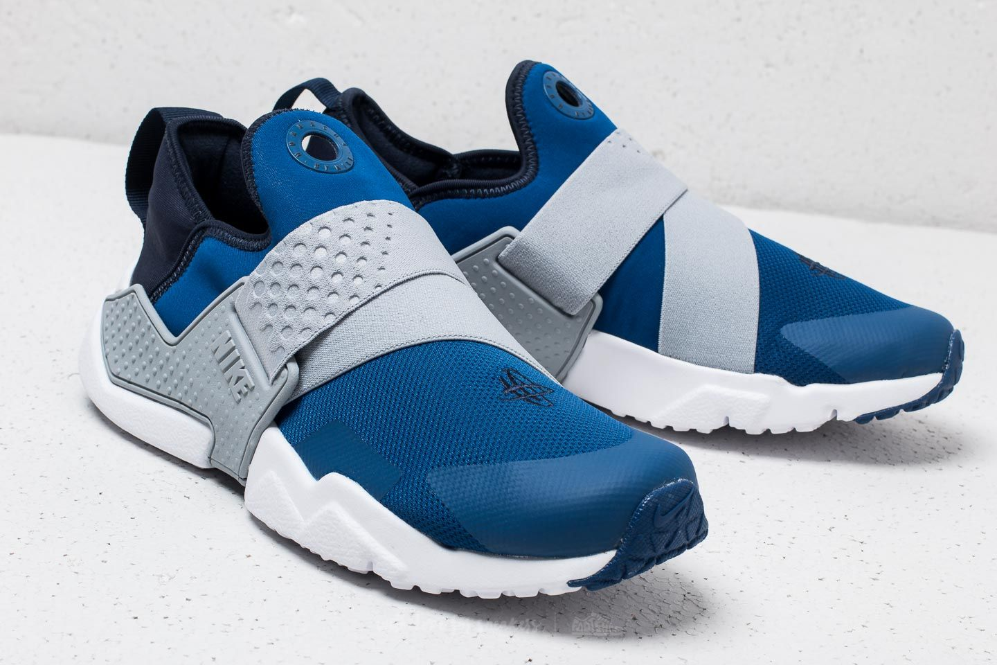 35b8502dbb ... low price nike huarache extreme gs gym blue obsidian wolf grey at a  great 03d52 535d0