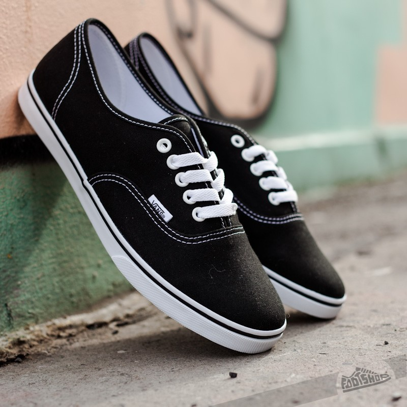 49c085c8d4 Vans Authentic Lo Pro Black  True White