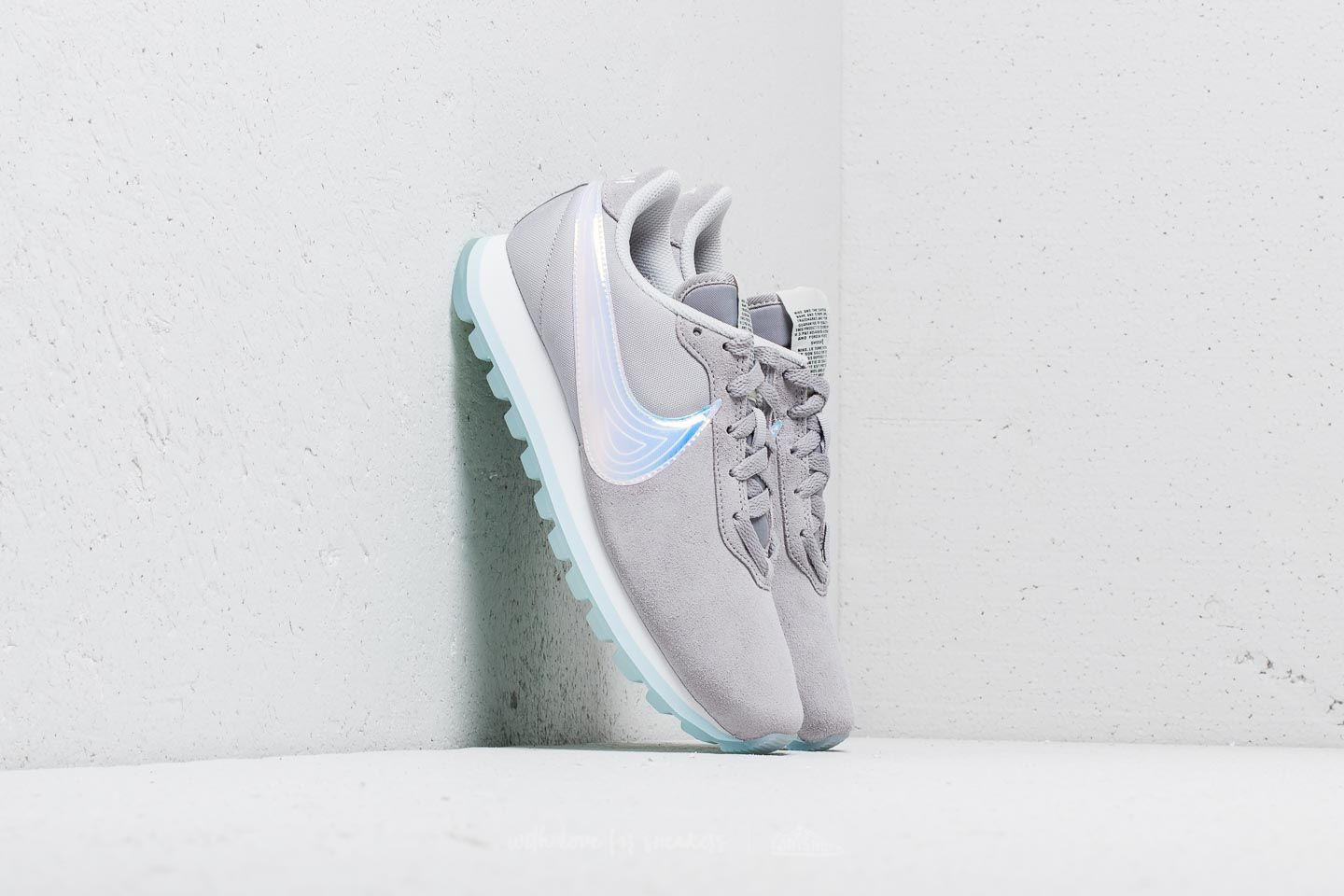 sports shoes 0c574 5aa91 Nike Wmns Pre-Love O.X. Atmosphere Grey Summit White