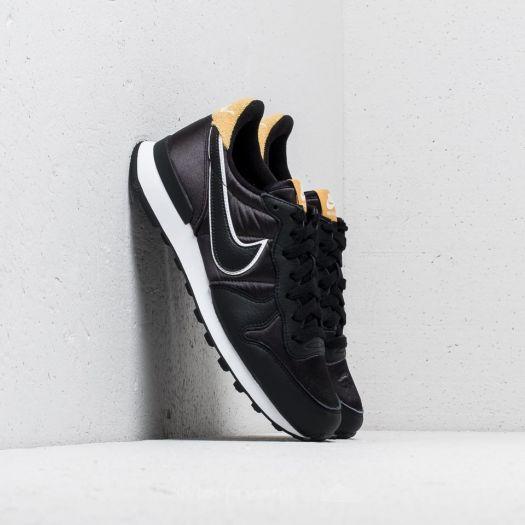 Nike Wmns Internationalist Heat 110aa0d4b7