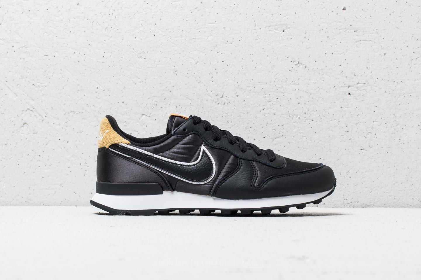 big sale 43937 ad0ee Nike Wmns Internationalist Heat Black  Black-Wheat Gold at a great price £61