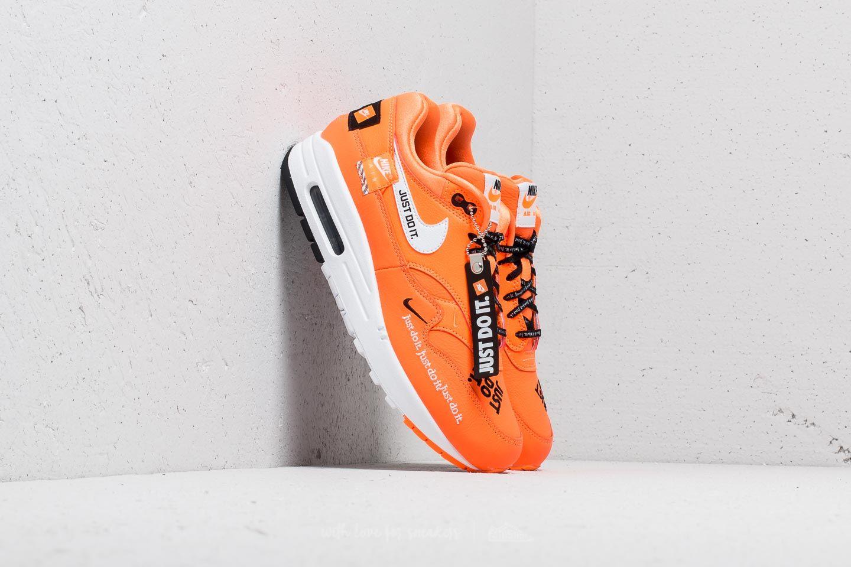 the best attitude f32f5 aa83f Nike Air Max 1 LX WMNS Total Orange  White-Black