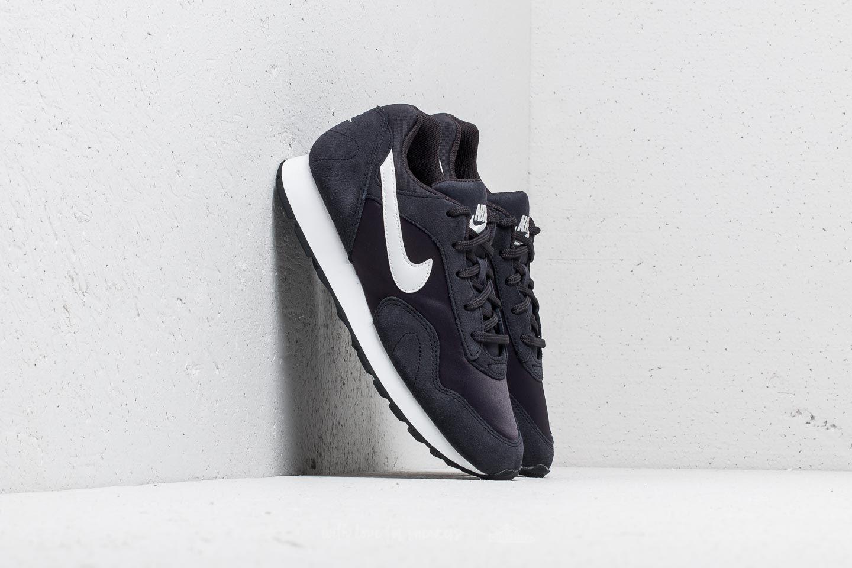 Dámské tenisky a boty Nike Wmns Outburst Oil Grey/ Summit White-Black