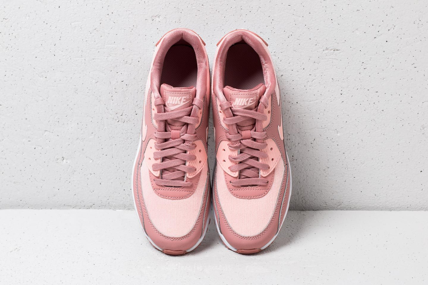 NIke W Air Max Deluxe SE Guava Ice Guava Ice | Footshop