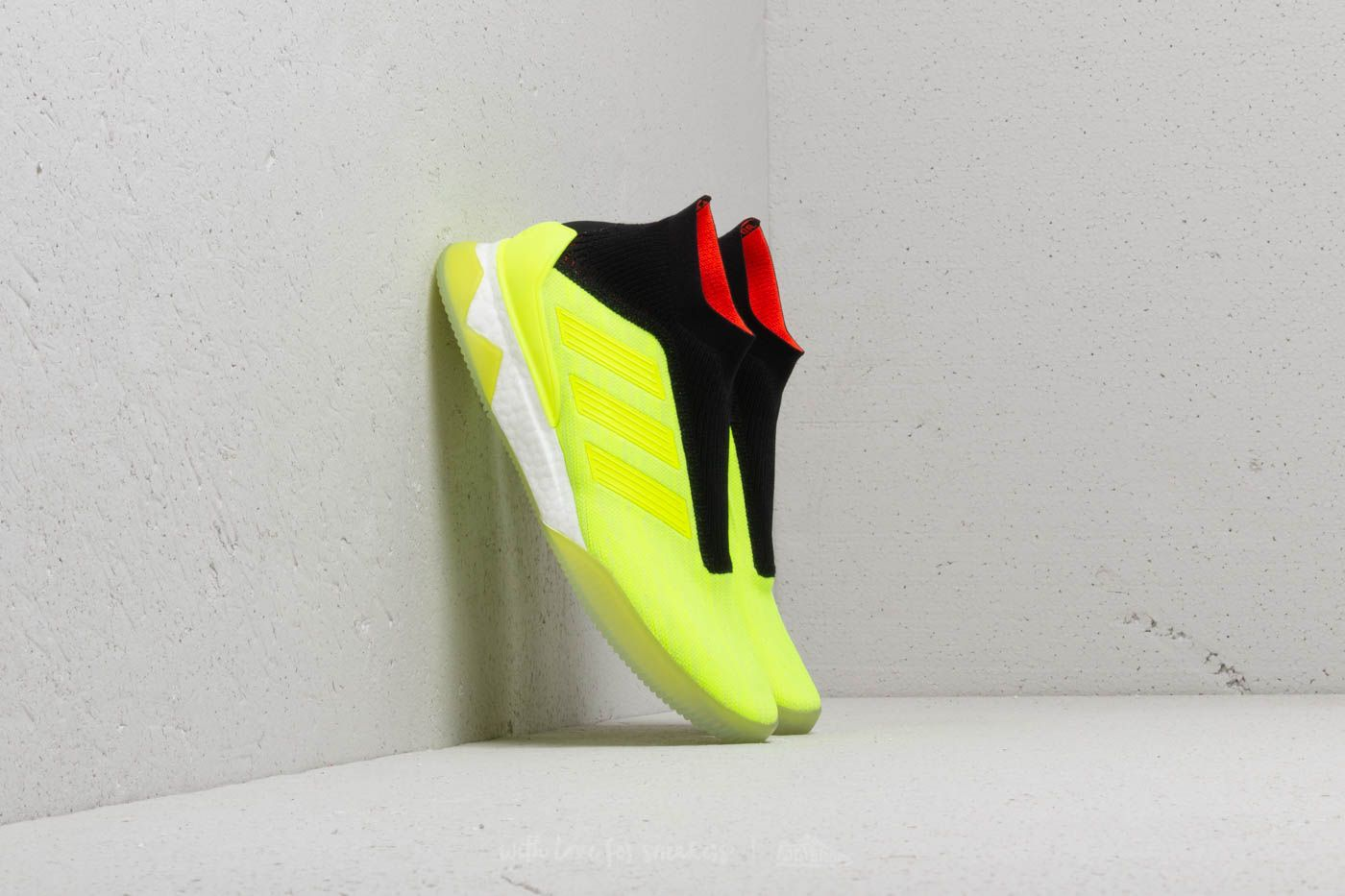 104e76c62ad9 adidas Predator Tango 18+ TR Yellow  Yellow  Solid Red at a great price