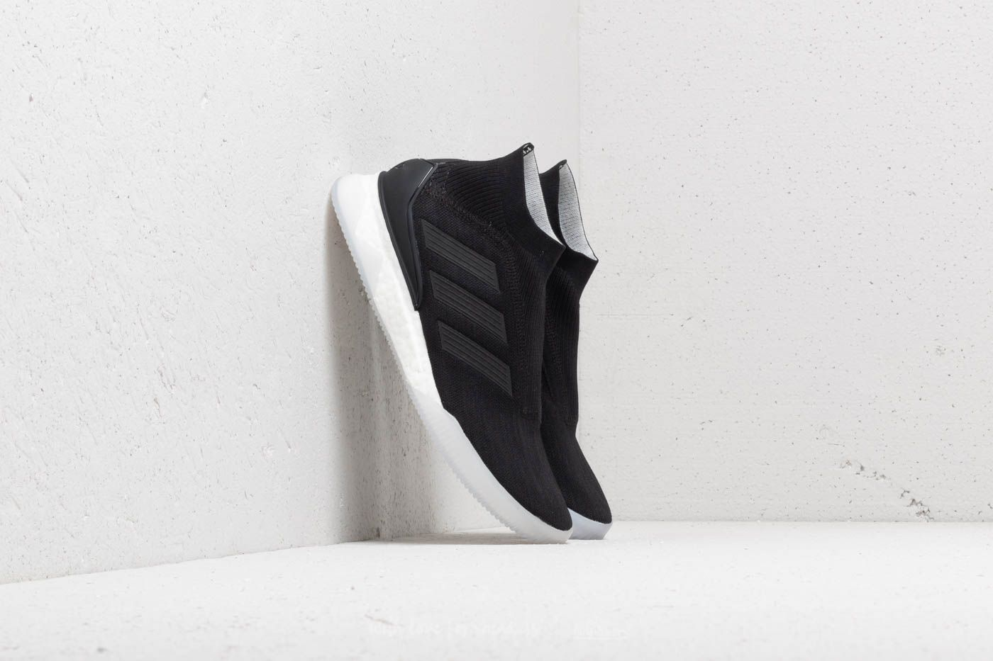adidas Predator Tango 18+ TR Core Black/ Core Black/ Ftw White