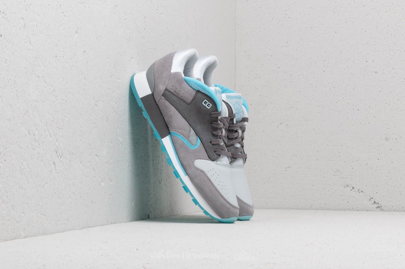 Reebok Classic Leather Urge White  Grey  Digital Blue at a great price 55 € aa5c81ad5