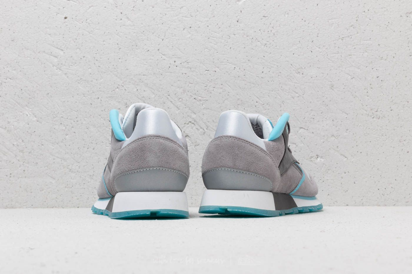 Reebok Classic Leather Urge White  Grey  Digital Blue at a great price 54 € 349ff64d8