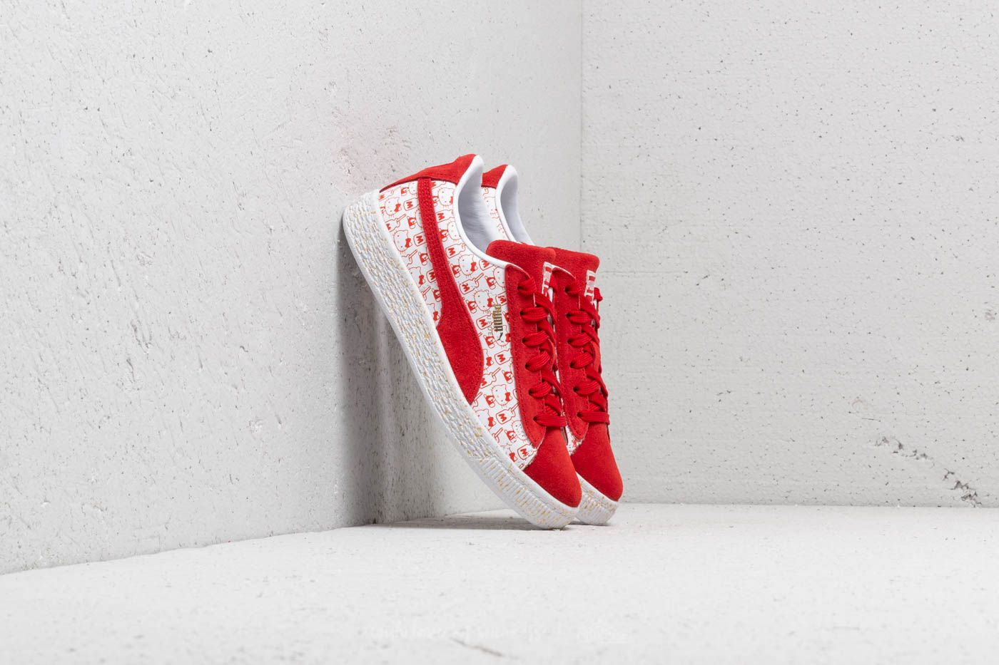 Puma Suede Classic x Hello Kitty PS Bright Red-Bright Red za skvělou cenu 1 070 Kč koupíte na Footshop.cz