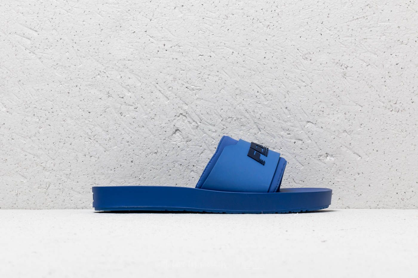 a1e1770bcec Puma Fenty Surf Slide Wns Dazzling Blue/ Evening Blue at a great price 48 €