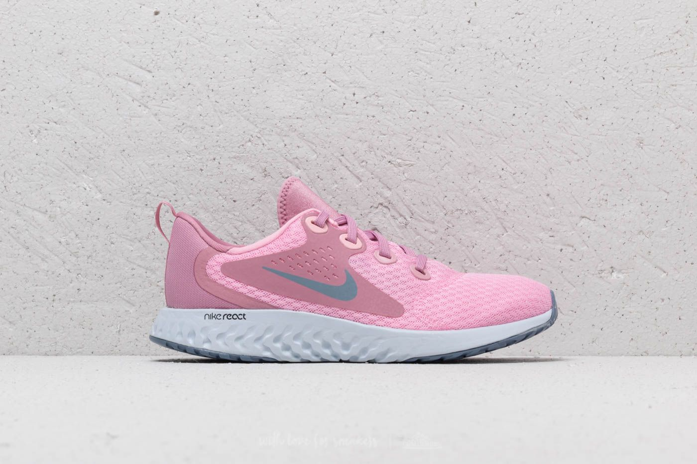 b1cc96441396 Nike Legend React (GS) Pink  Ashen Slate at a great price 81 €