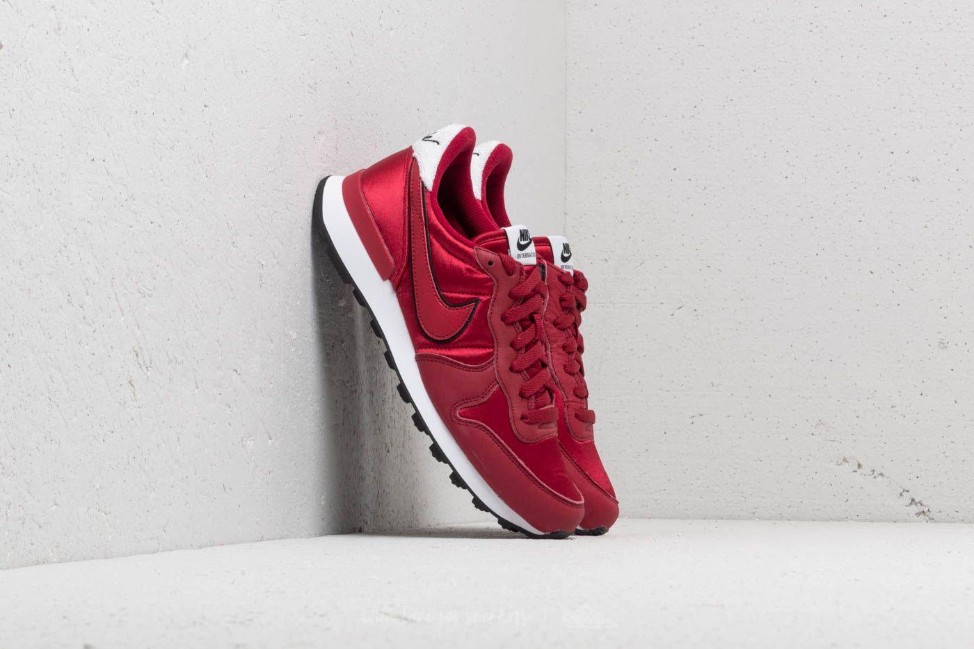 Wmns WhiteFootshop Cruhs Nike Crush Red Internationalist Heat n0wv8mN
