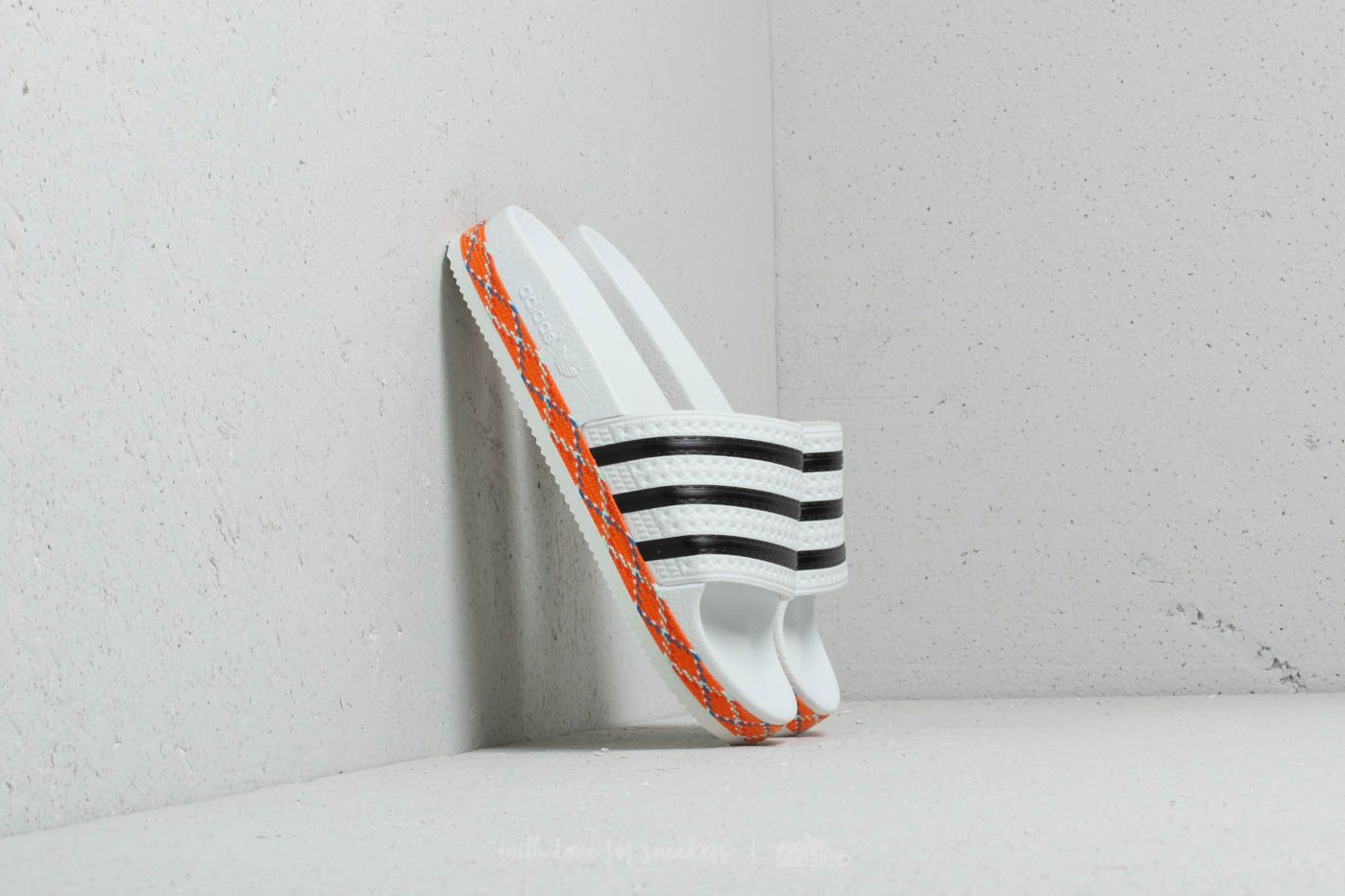 Frauen adidas Adilette New Bold W Ftw White/ CORE Black/ Ftw White