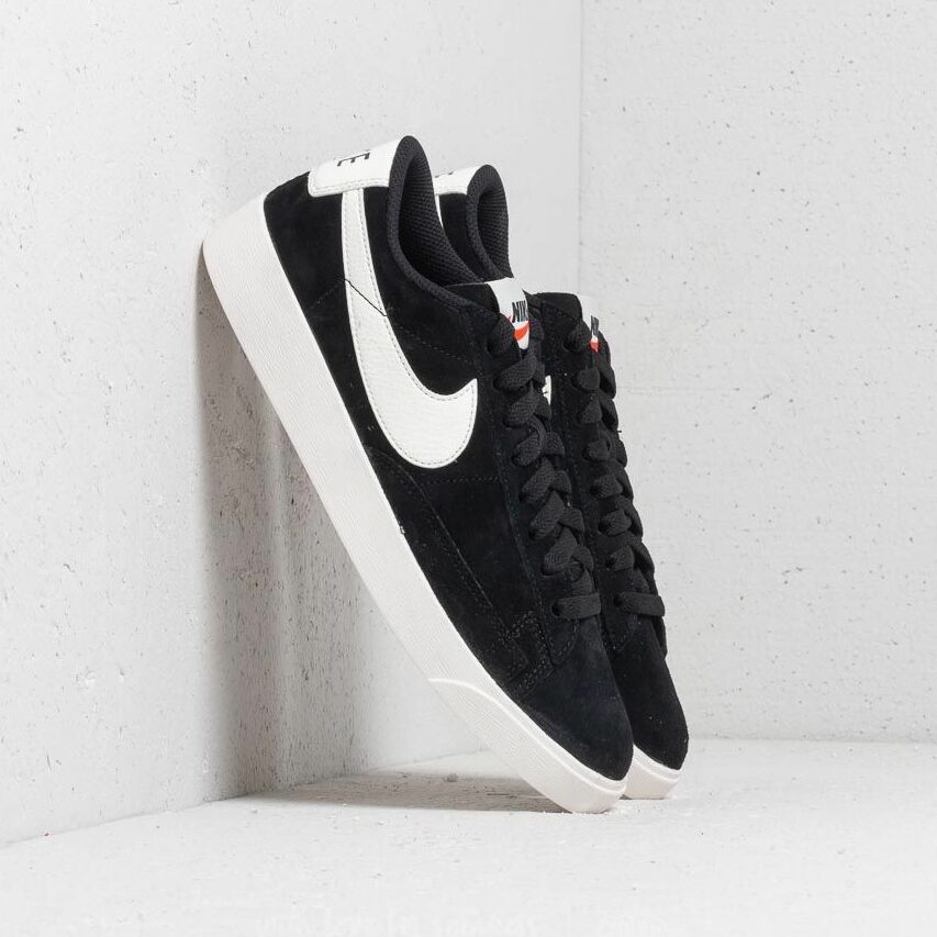 Nike W Blazer Low Sd Black/ Sail-Sail EUR 38.5