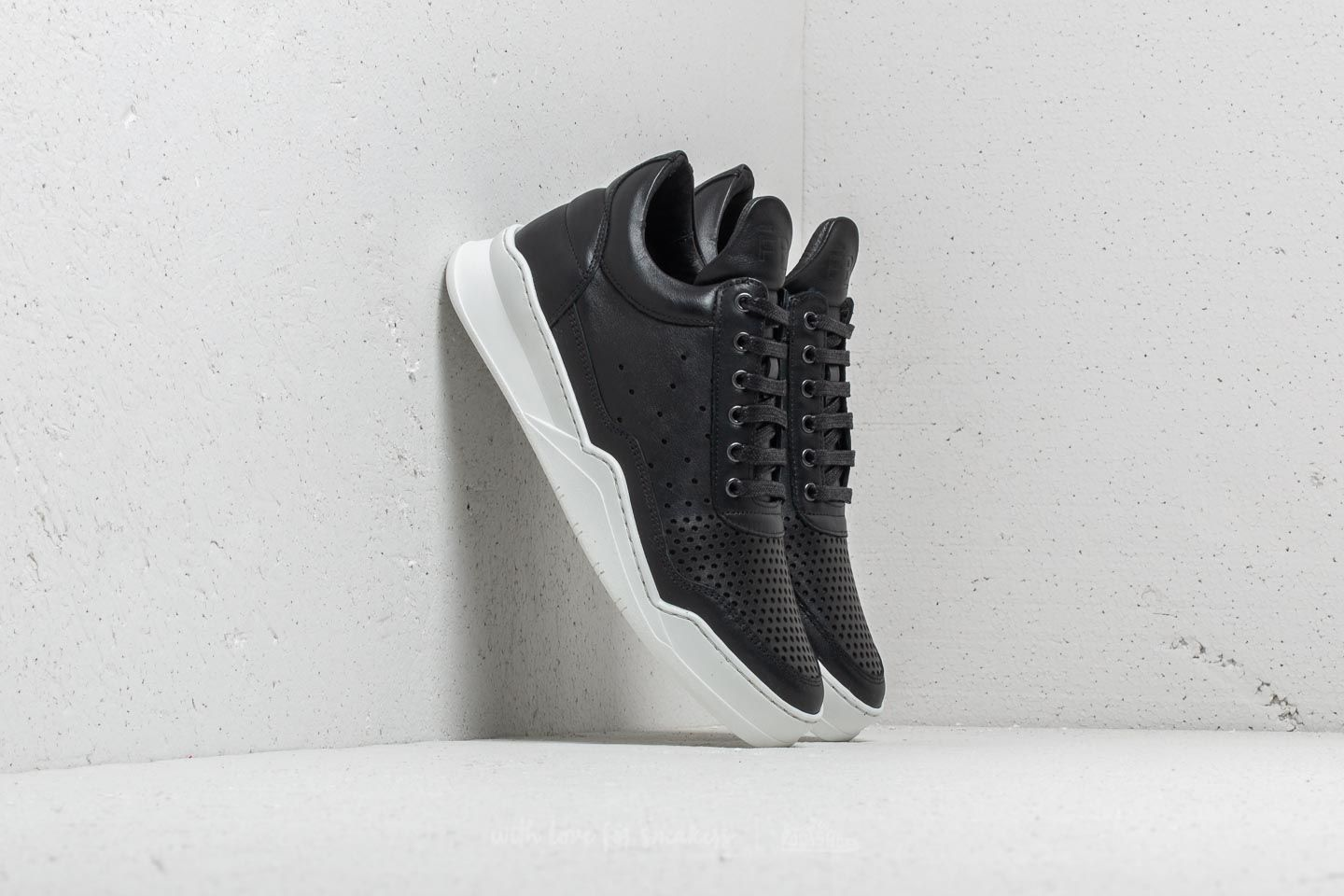 Filling Pieces Low Top Ghost Gardient Perforated