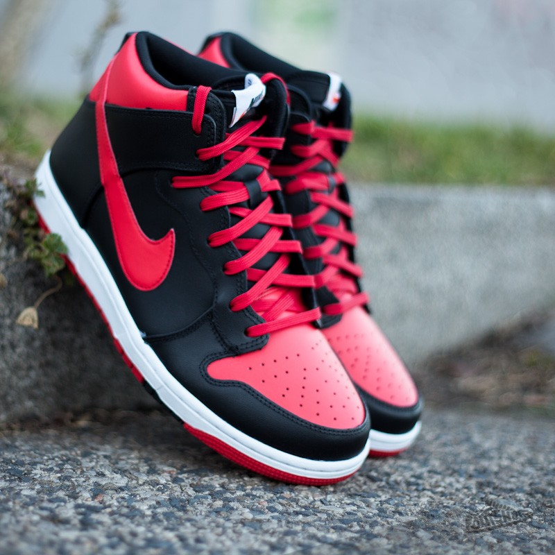 202b682986 Nike Dunk CMFT University Red Black-White
