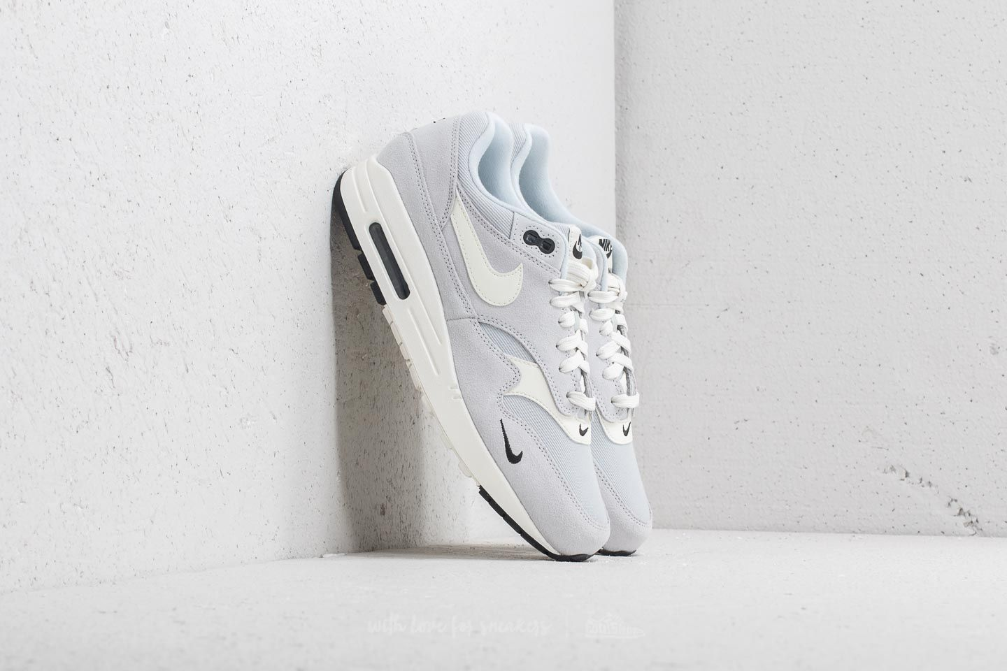 Nike Air Max 1 Premium Pure Platinum/ Sail-Black-White