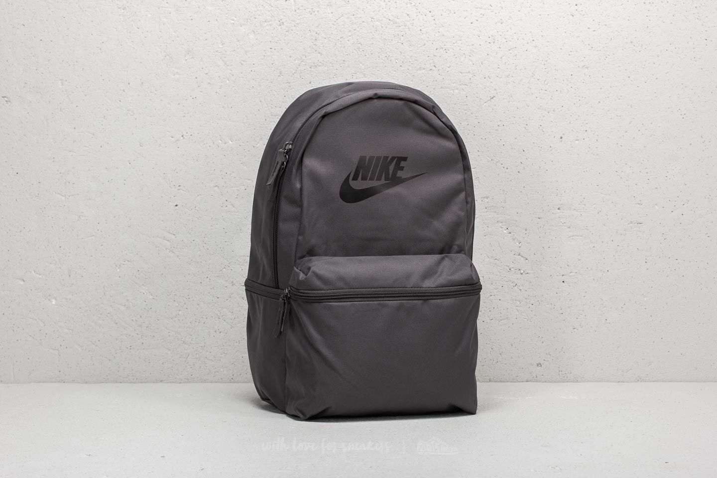 Nike Heritage Backpack Grey/ Black