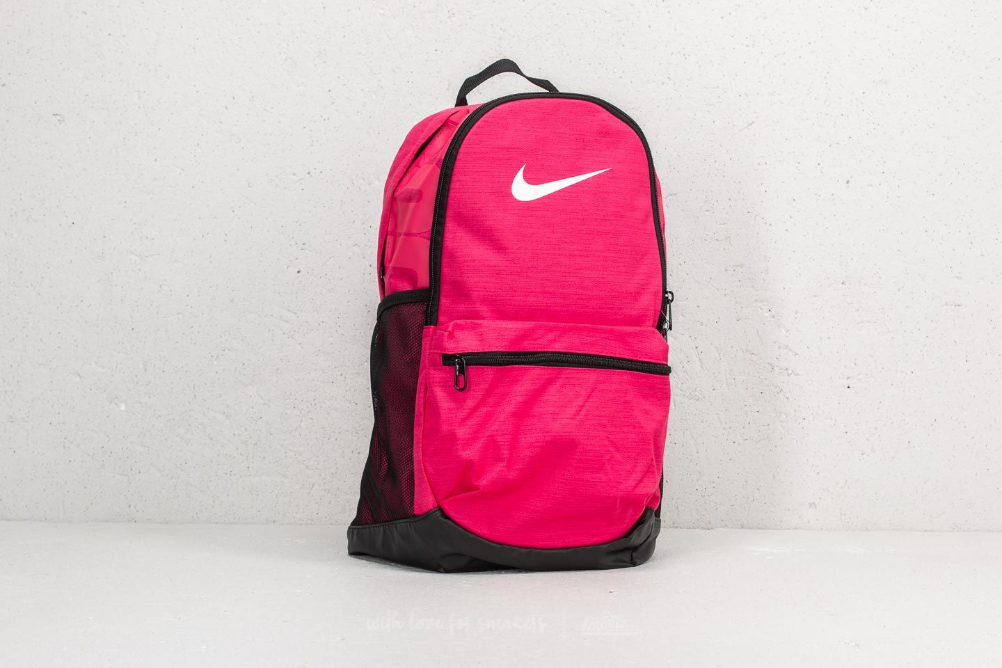 3b88286f4cb9 Nike Brasilia M Backpack Pink  Black  White at a great price 35 € buy
