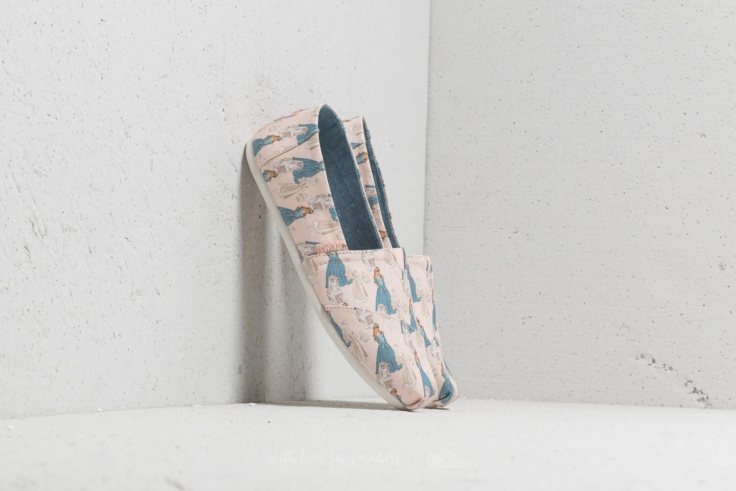 TOMS x Disney Classic Pink Sleeping Beauty Printed Canvas Pink