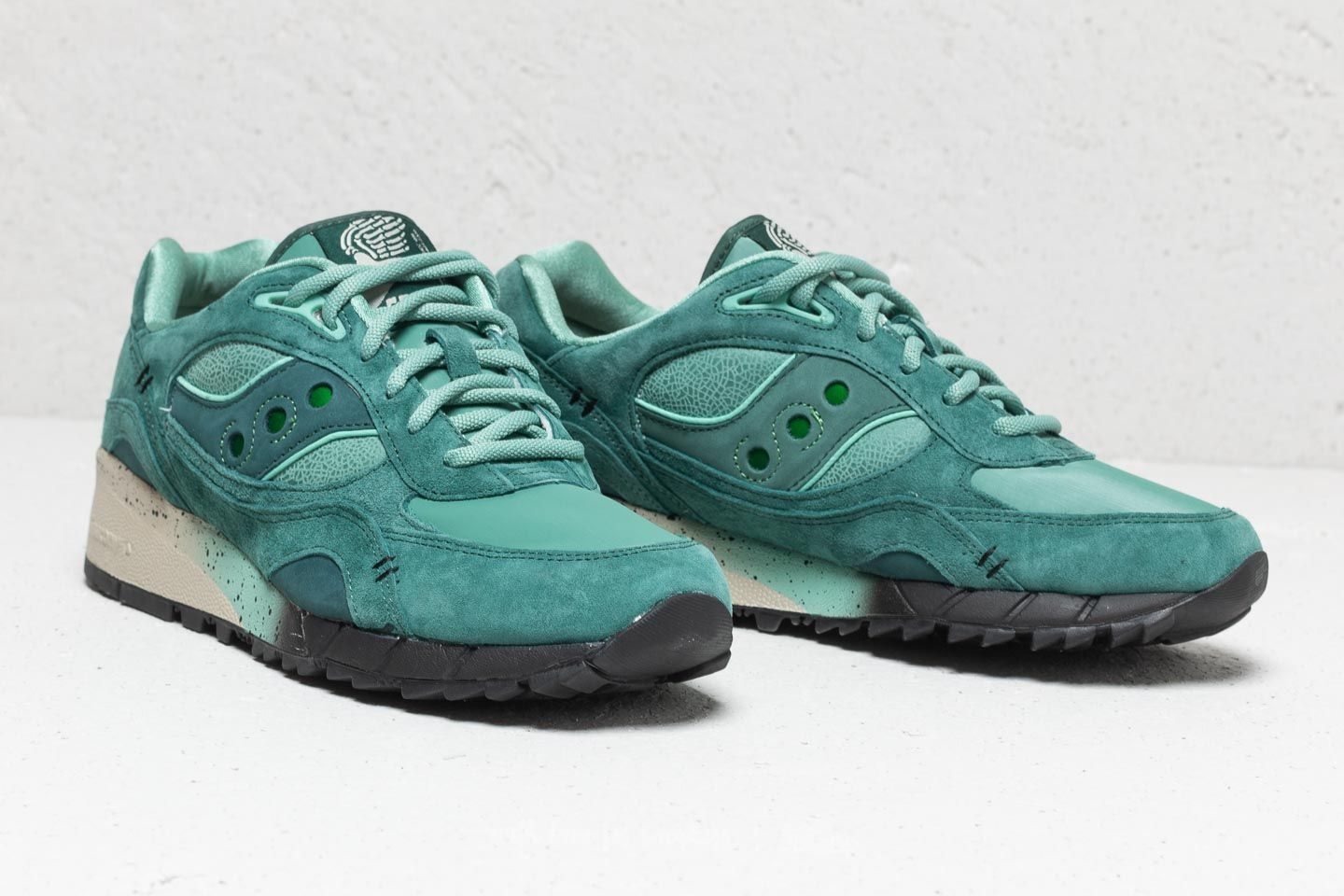size 40 32f33 48d6b Saucony x Feature Shadow 6000