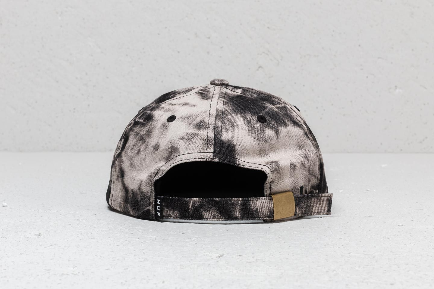 HUF Worldcup Federation Washed 6 Panel Black at a great price 22 € buy at  Footshop fb3eea1ea162