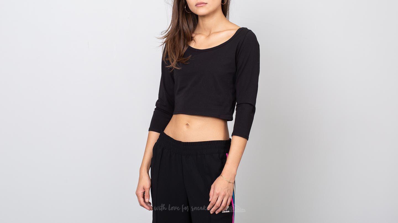 Calvin Klein Longsleeve Curve Neck Tee Black za skvělou cenu 659 Kč koupíte na Footshop.cz