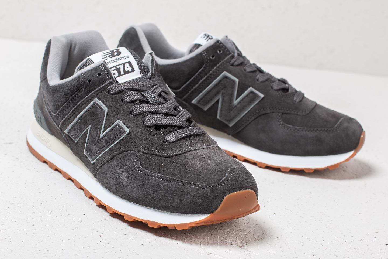 New Balance 574 Burgundy | Footshop
