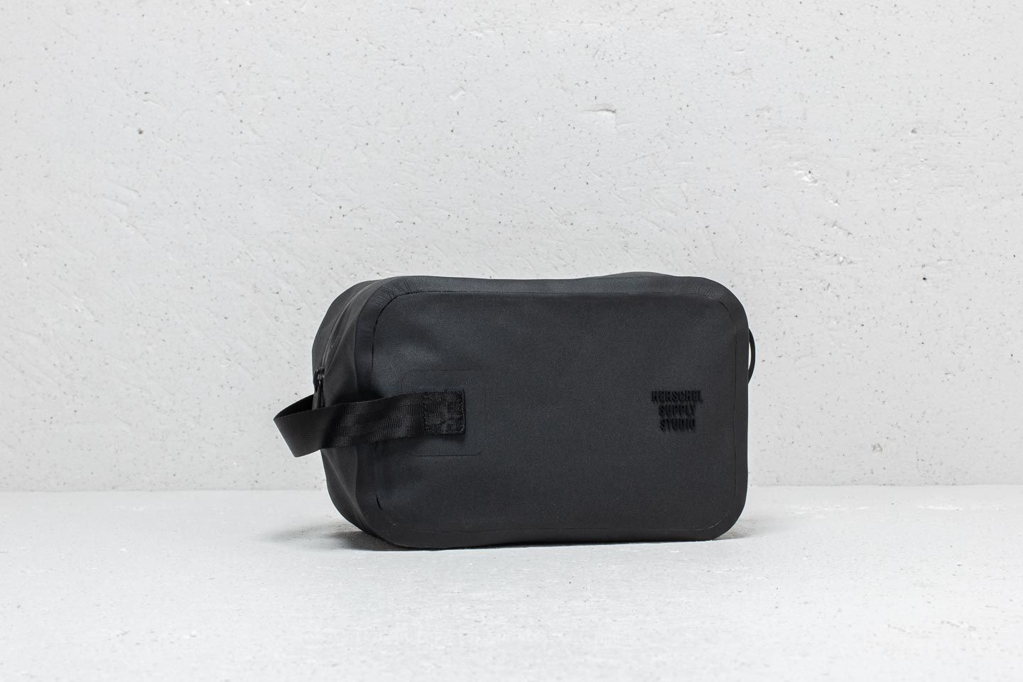 89571500d061 Herschel Supply Co. Chapter Travel Kit Black at a great price £30 buy at