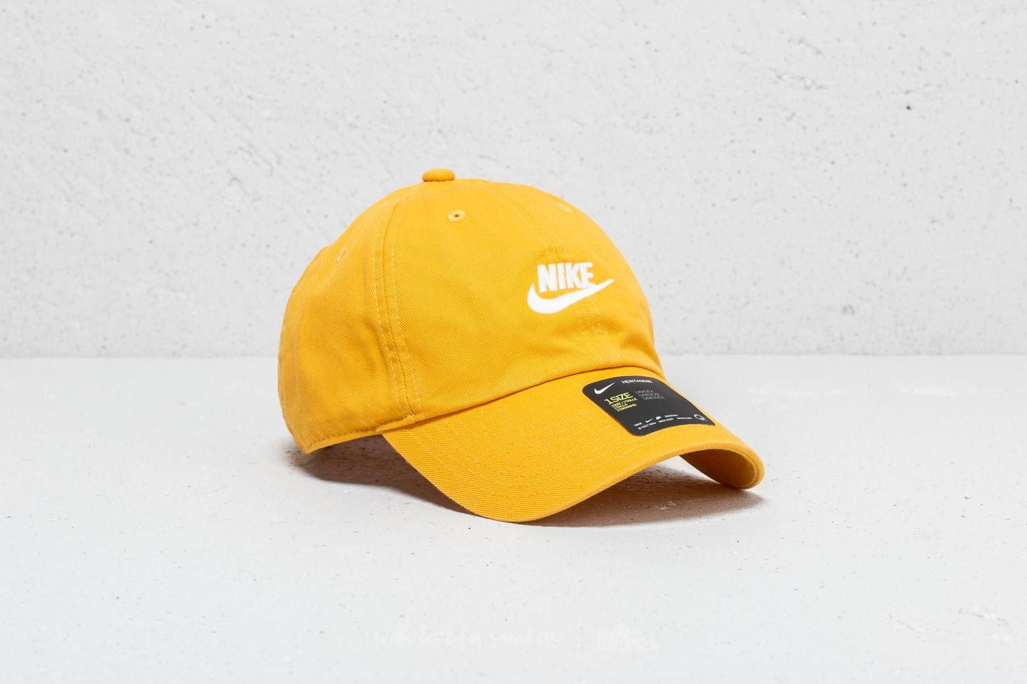 ace0db3552089 Nike Heritage 86 Futura Washed Cap Yellow