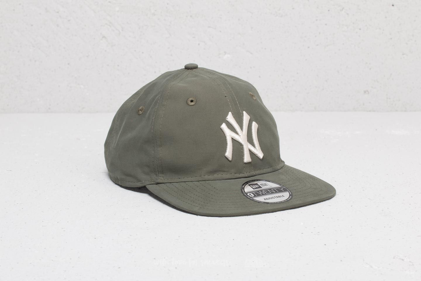 New Era 9Twenty MLB Light Weight Packable New York Yankees Cap