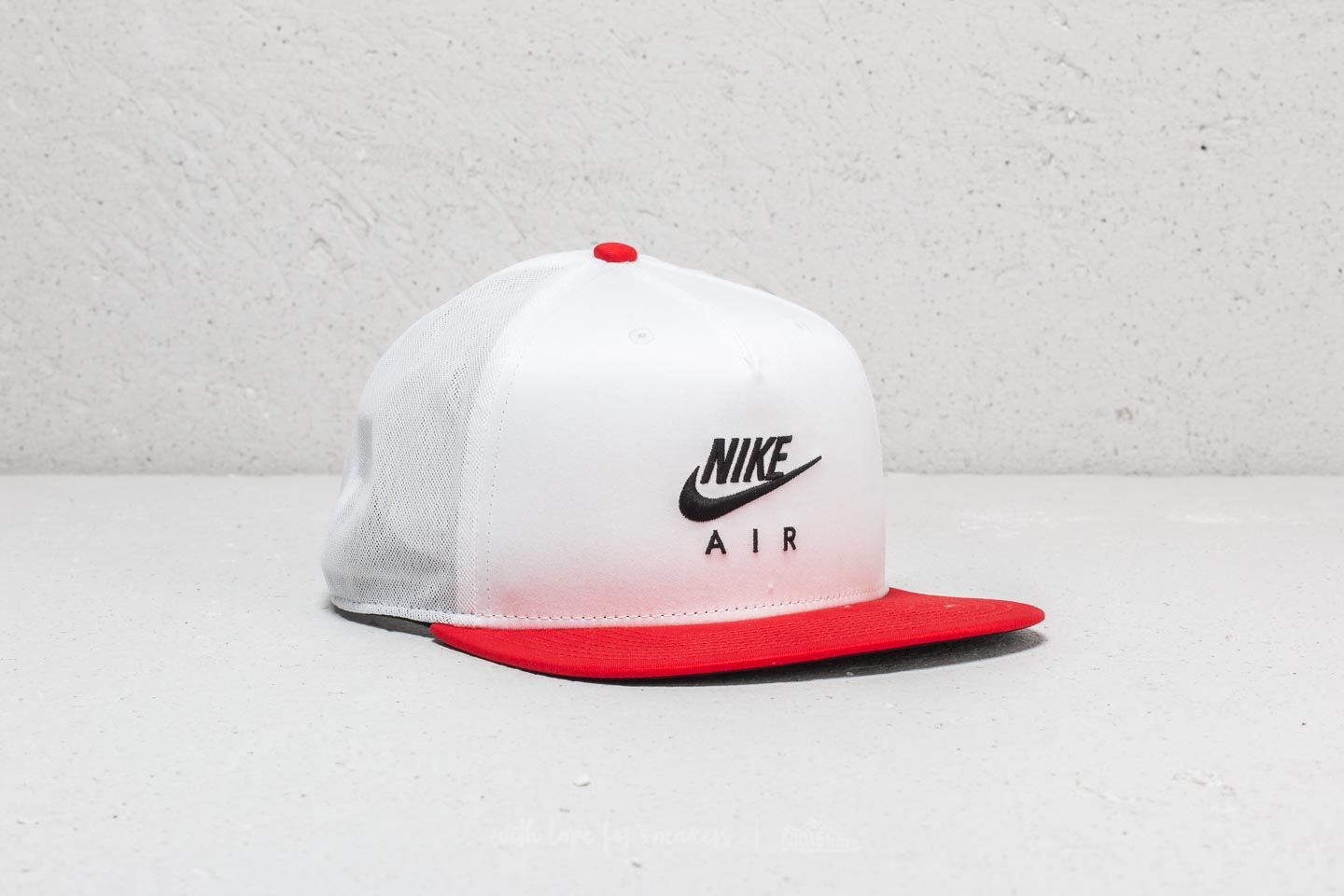 ec8d1a59 Nike Sportswear Air Pro Cap White/ Red | Footshop