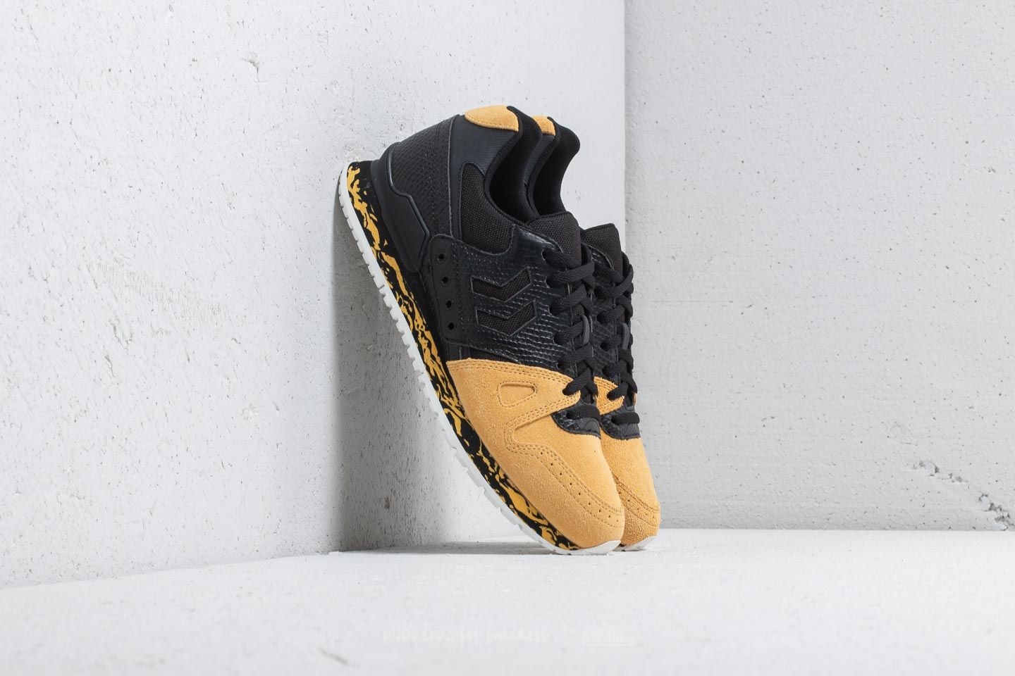 Hummel Marathona Black Adder Black