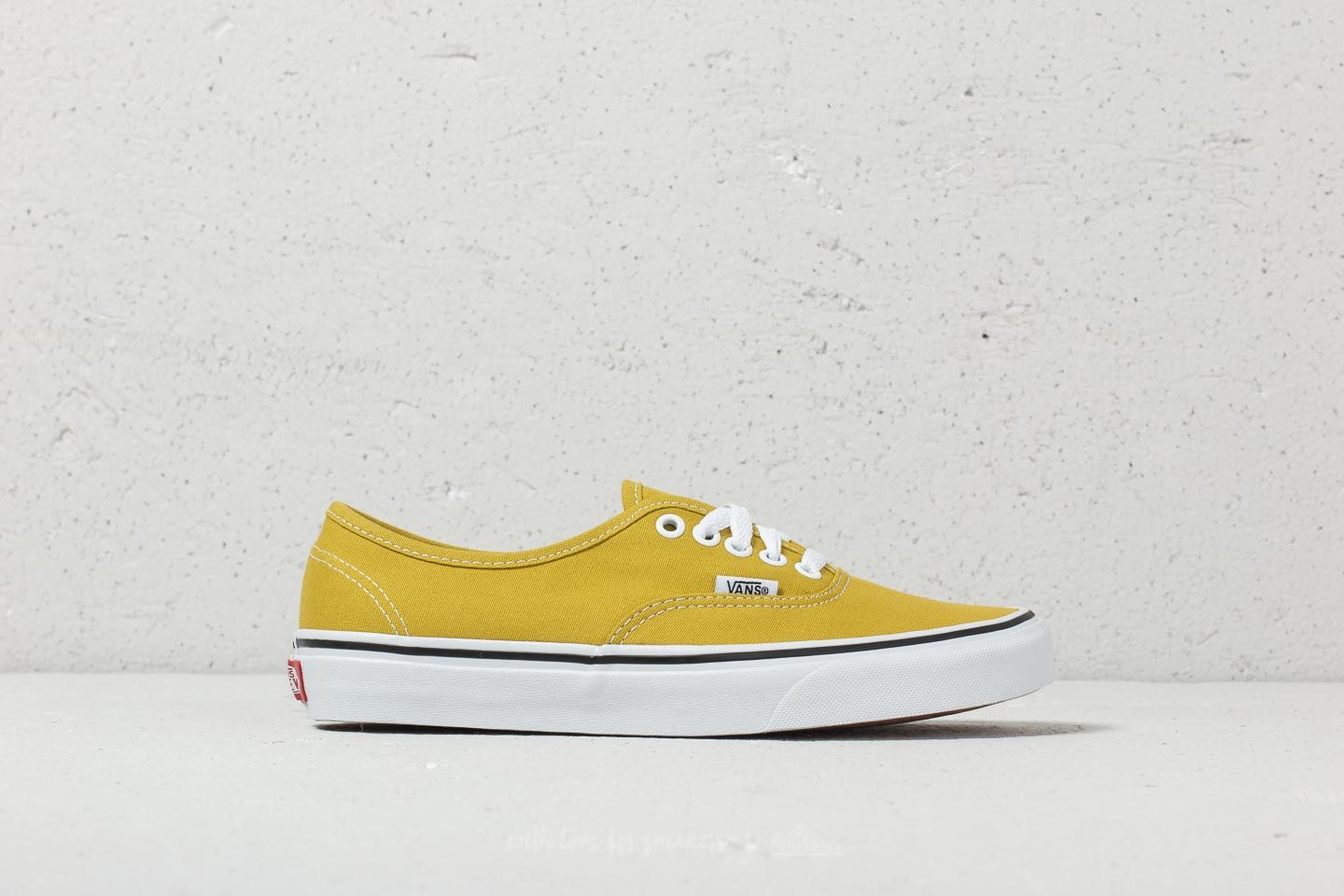 3528adf060e85a Vans Authentic Cress Green  True White at a great price 53 € buy at Footshop