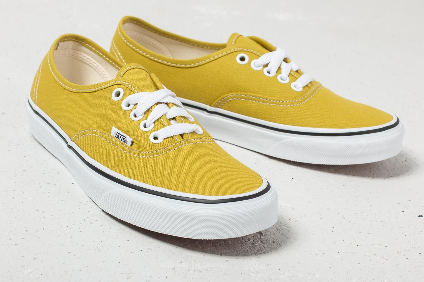 Vans Authentic Cress Green  True White at a great price 53 € buy at Footshop 12dd40d5b