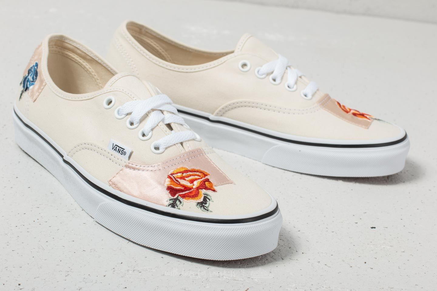 Vans Authentic (Satin Patchwork) Classic White  True White at a great price  £ ac879748f