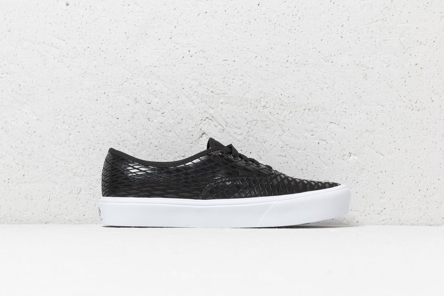 9b0f584ddbc Vans Authentic Lite (Geo) Black  True White at a great price 63 €