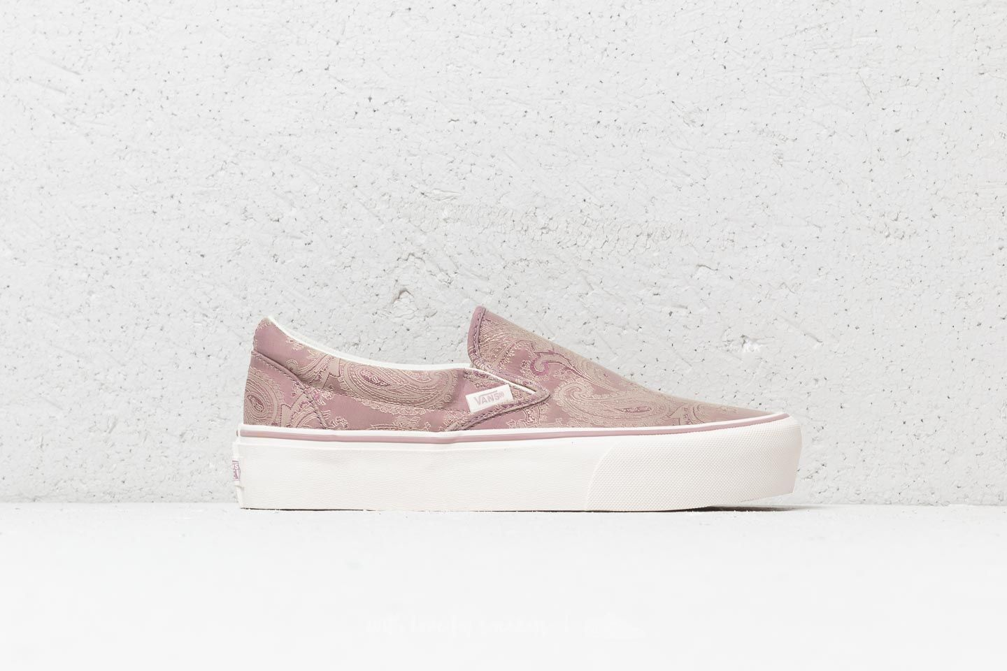 c7e47baf922b Vans Classic Slip-On (Satin Paisley) Mauve  Sno at a great price