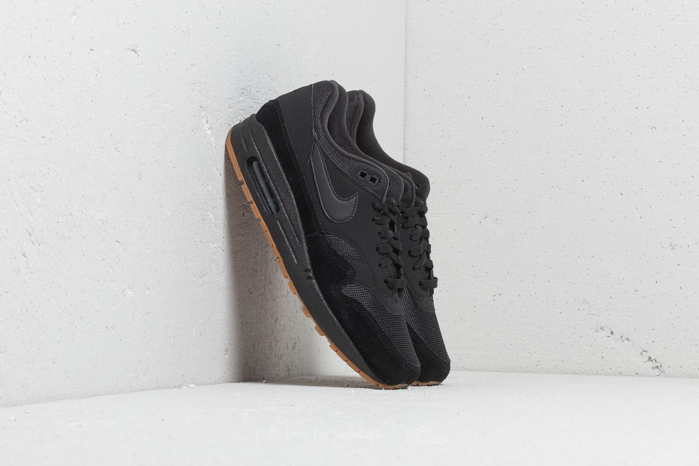 Nike Air Max 1 Black/ Black-Black-Gum Med Brown za skvělou cenu 2 950 Kč koupíte na Footshop.cz