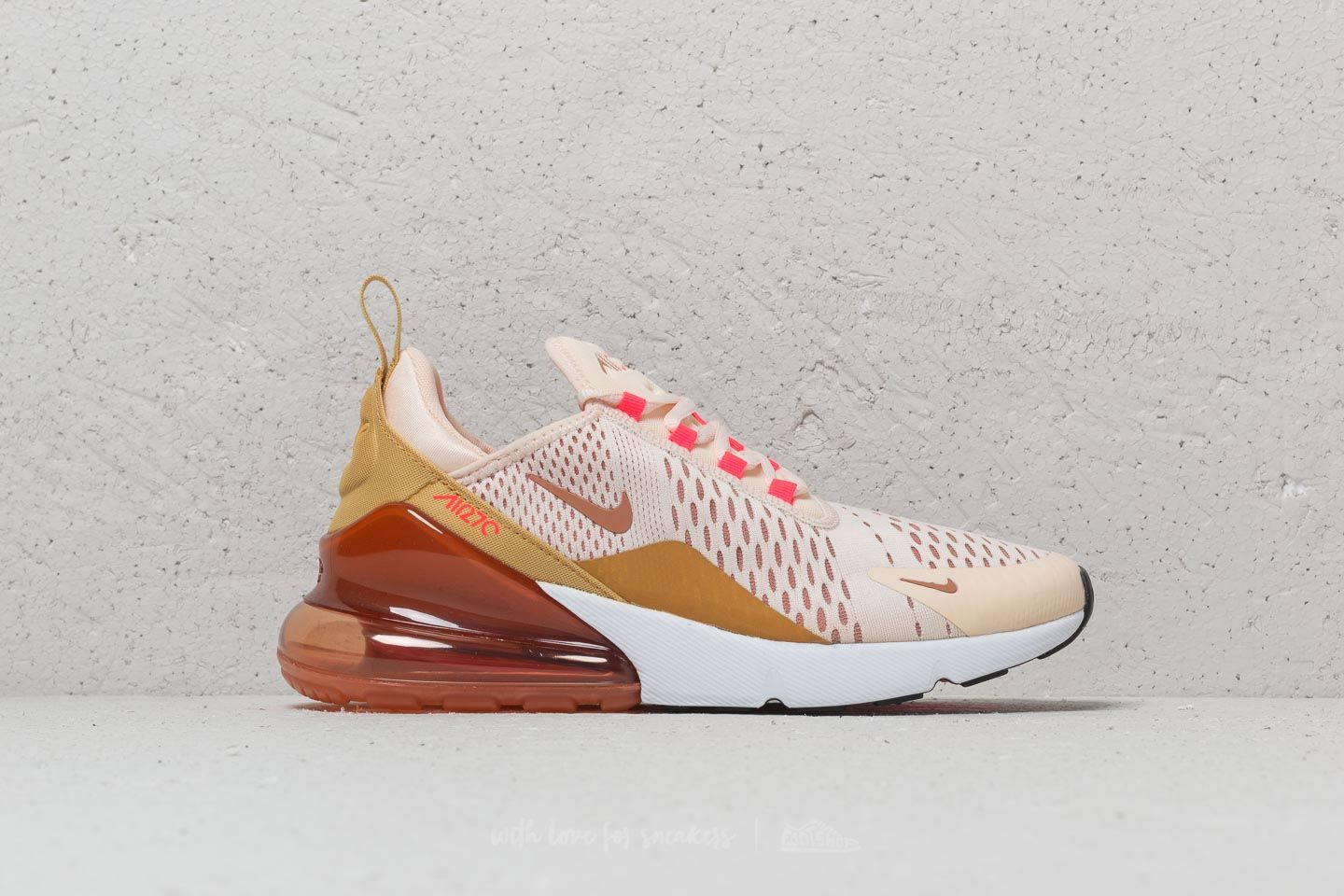 cheap for discount 339ee 91b2b Nike Wmns Air Max 270 Guava Ice/ Terra Blush | Footshop