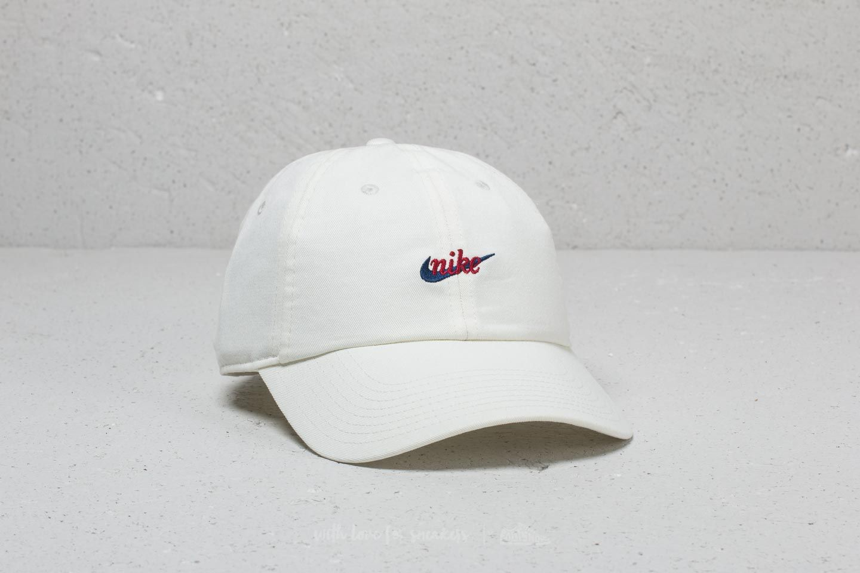 big sale b6724 52e98 Nike Heritage 86 Script Cap White