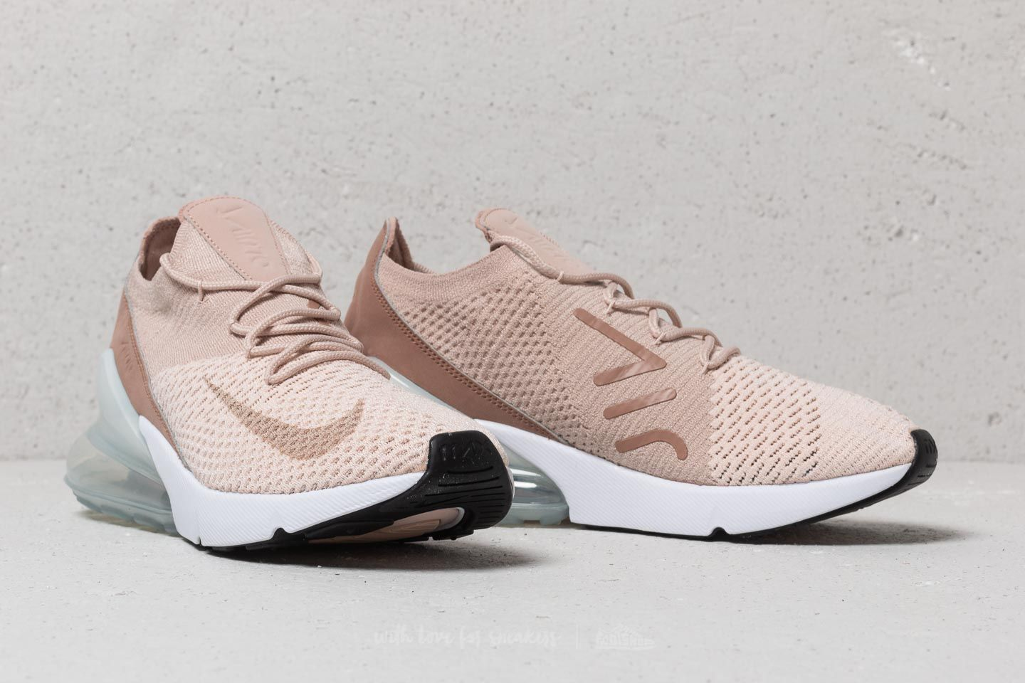 newest 2d366 c6a35 Nike Wmns Air Max 270 Flyknit Guava Ice/ Particle Beige ...