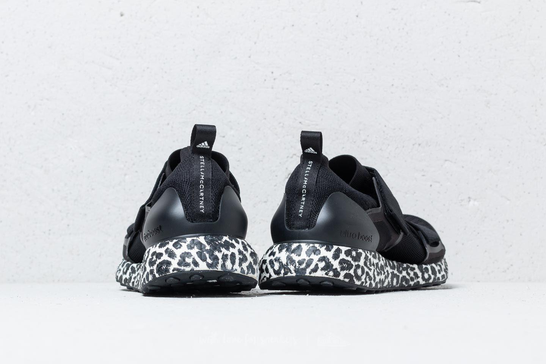 more photos b5b7b 286d7 adidas Ultraboost X Core Black/ Core Black/ Ftw White | Footshop