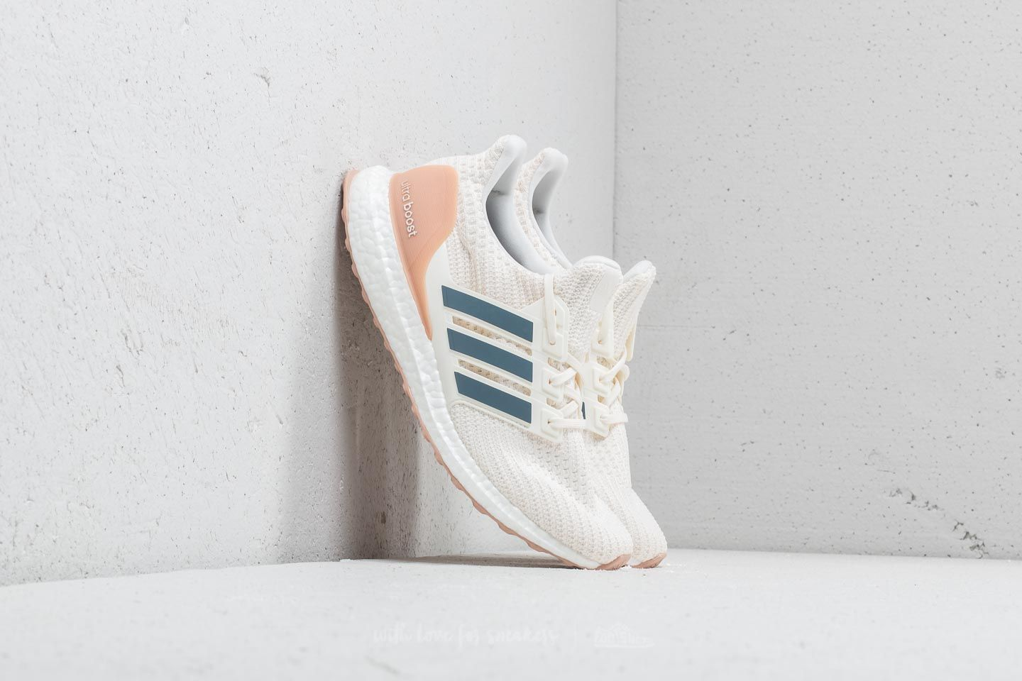 adidas Ultraboost Cloud White/ Tech Ink/ Vapour Grey