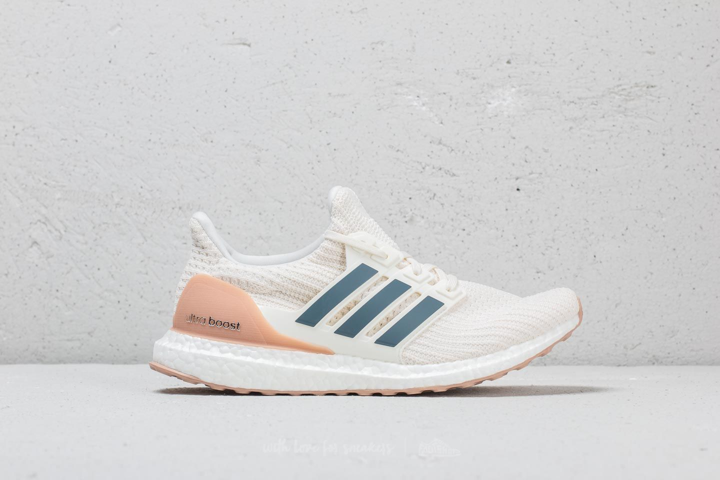 the best attitude de4fe 4c80d adidas Ultraboost Cloud White Tech Ink Vapour Grey at a great price 180 €