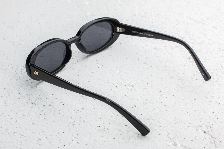 b52ef33b08 Le Specs Outta Love Sunglasses Black a muy buen precio 56 € comprar en  Footshop