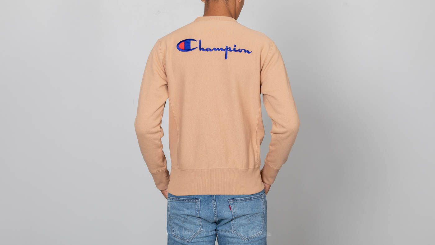 1fb6aebb44a4 Champion Reverse Weave Script Logo Crewneck Sweatshirt Beige at a great  price 95 € buy at
