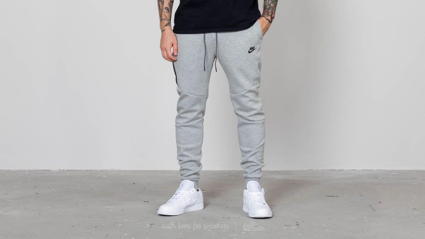 the latest aa9d4 31187 Nike Sportswear Tech Fleece Jogger Grey