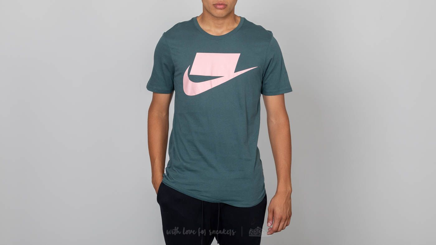 13b411406cac6 Nike Sportswear Innovation Tee Faded Spruce/ Storm Pink   Footshop