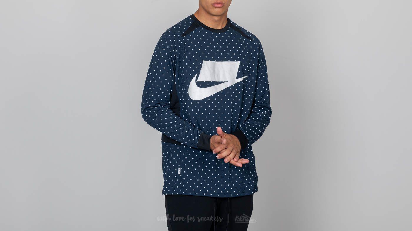 Nike Sportswear Long-Sleeve Top